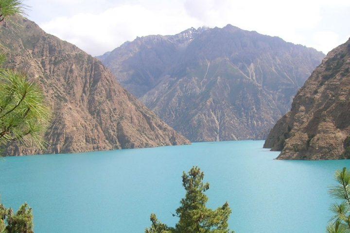 Dolpo trekking Shey Phoksundo Lake